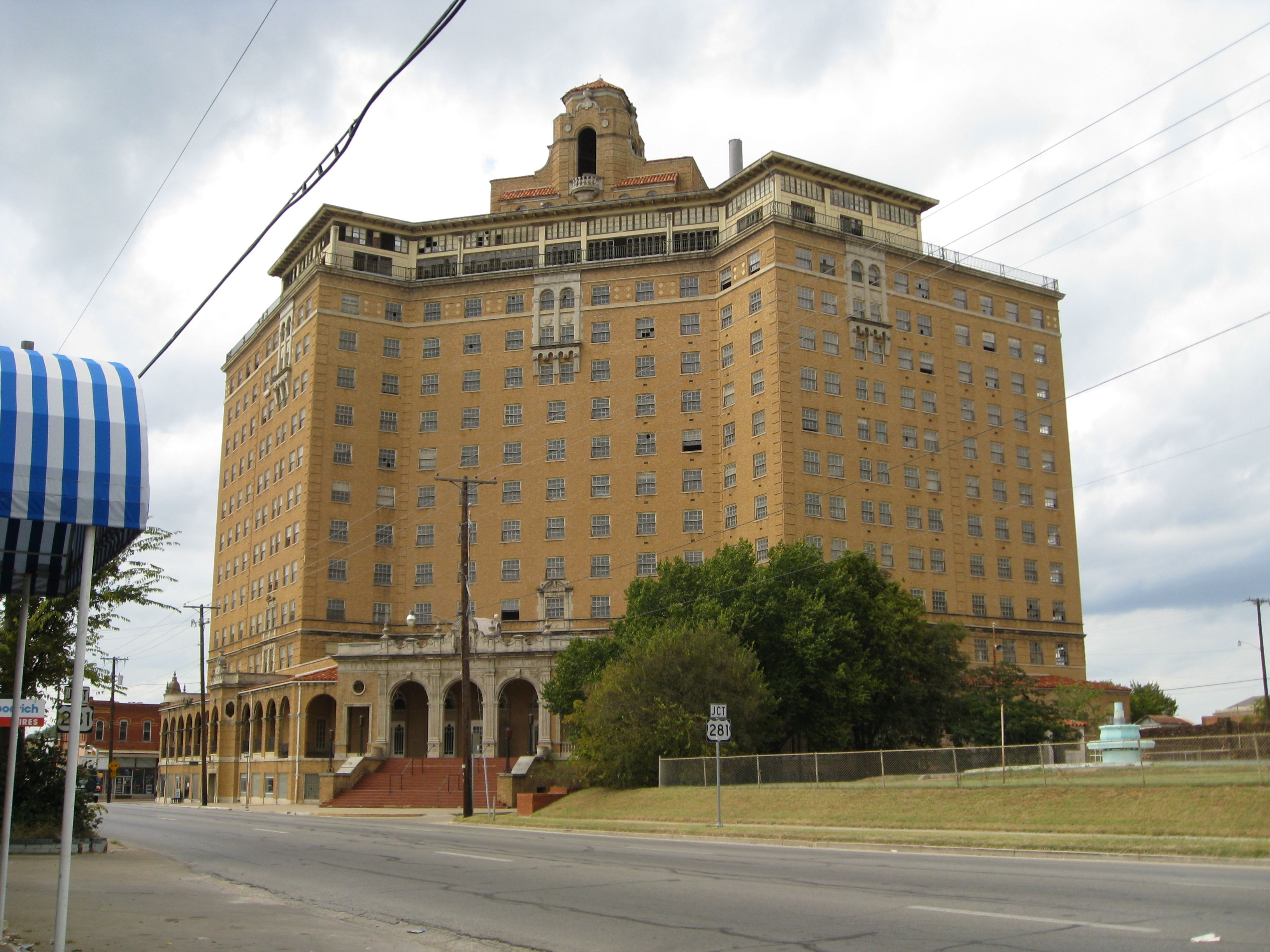 The Baker Hotel Ghost Walk Tour Mineral Wells Tx