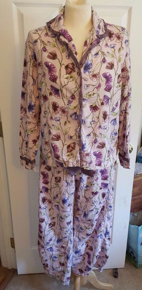 Victoria Secret Pajamas Set Small Purple Floral Cotton w/Silk Trim 1208 #VictoriasSecret #PajamaSets