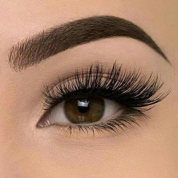 Goodbye Messy Glued On Eyelashes The Magnetic Lash Gives You