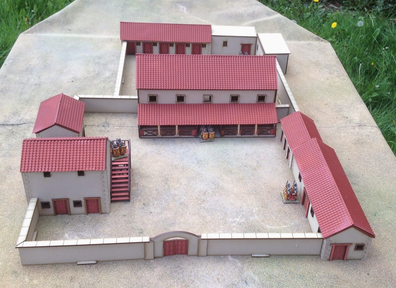 Lock Up Your Sheep 28mm Roman Villa And Ludus With