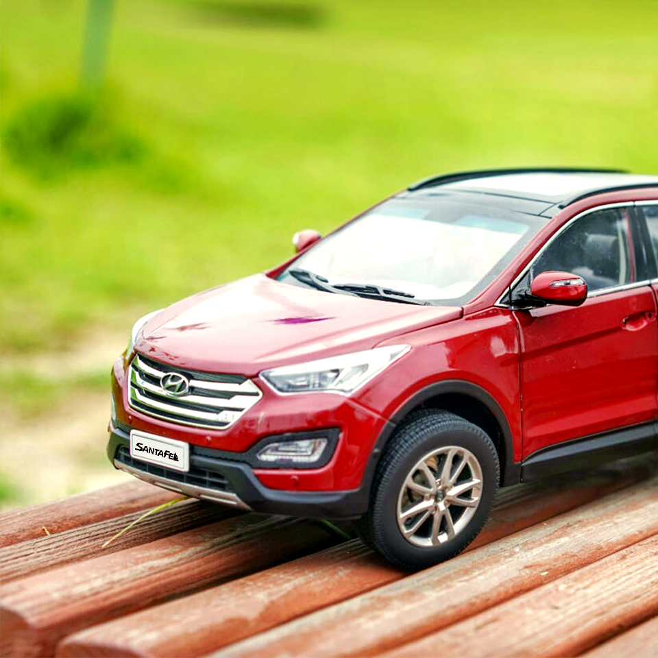 Get ready for a new adventure! - 눈 앞에 펼쳐질 새로운 세상을 떠올려 보세요! - #neverstopexploring #letsgetlost #drive #Imjingak #Pyeonghoa_nuri #park #car #carsofinstagram #diecast #SantaFe #Hyundai