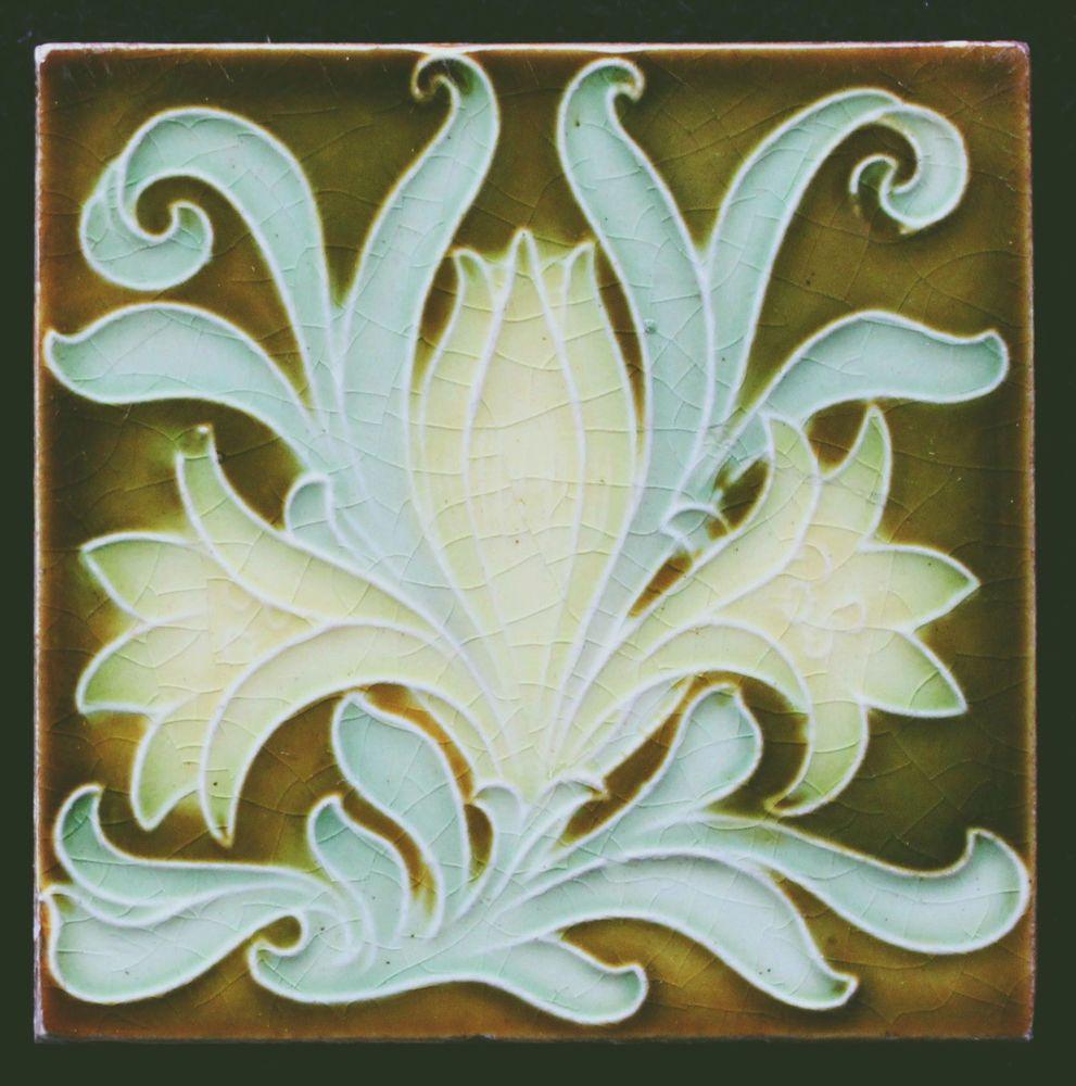 Small Art Nouveau Tile Pilkington S 3 Square Art Nouveau Tiles Art Nouveau Antiques Art Nouveau