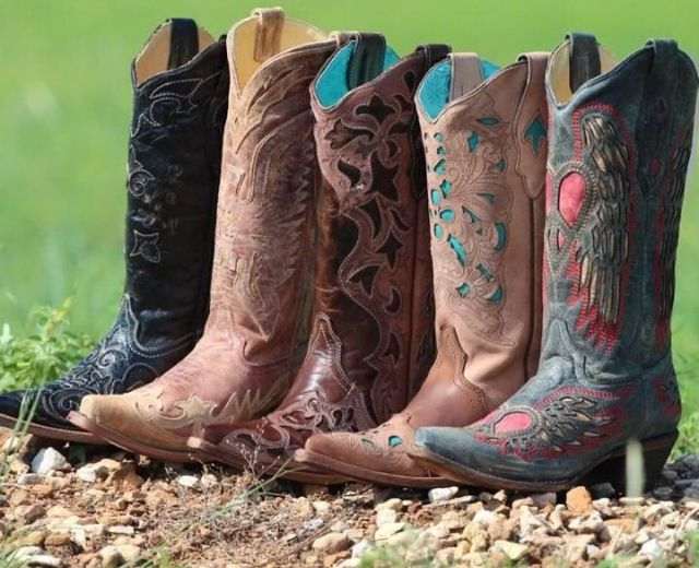 cfec3047e86 Country outfitters cowgirl boots - size 8.5; like browns, blacks and ...