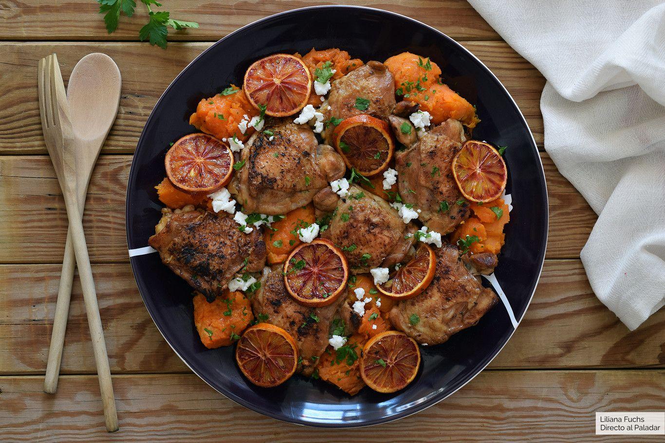 Pollo Al Horno Con Boniato Sanguinas Y Feta Receta De Cocina Fácil Y Deliciosa Verduras Pollo Queso Feta