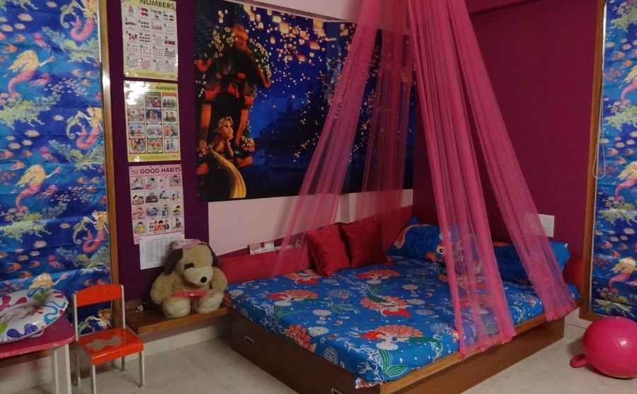 Pink Canopy Bed design by Komal Dighe architect in Ahmedabad Gujarat India. & Pink Canopy Bed design by Komal Dighe architect in Ahmedabad ...