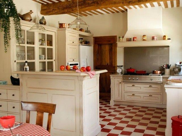 Une belle et grande cuisine pour recevoir - Elle Décoration ...