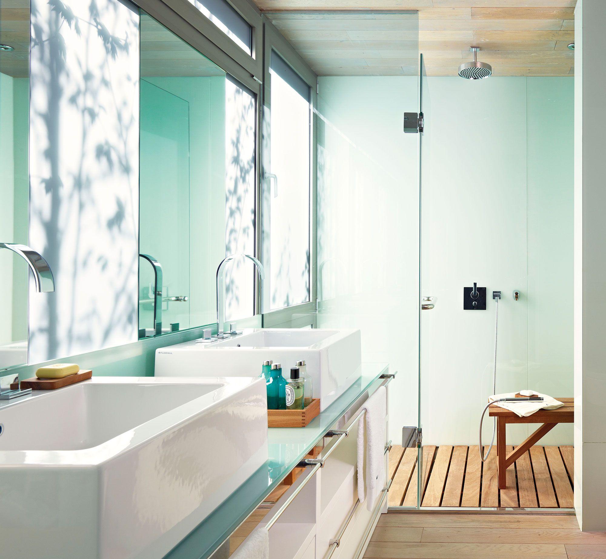 C mo limpiar la puerta de vidrio de una ducha como decirle puertas de vidrio y duchas - Como limpiar el plato de ducha ...