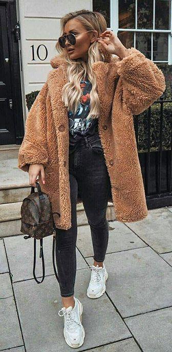 45 schöne Winter-Outfits, jetzt zu besitzen 1/04 #Winter #Outfits # 2019 #falloutfits2019