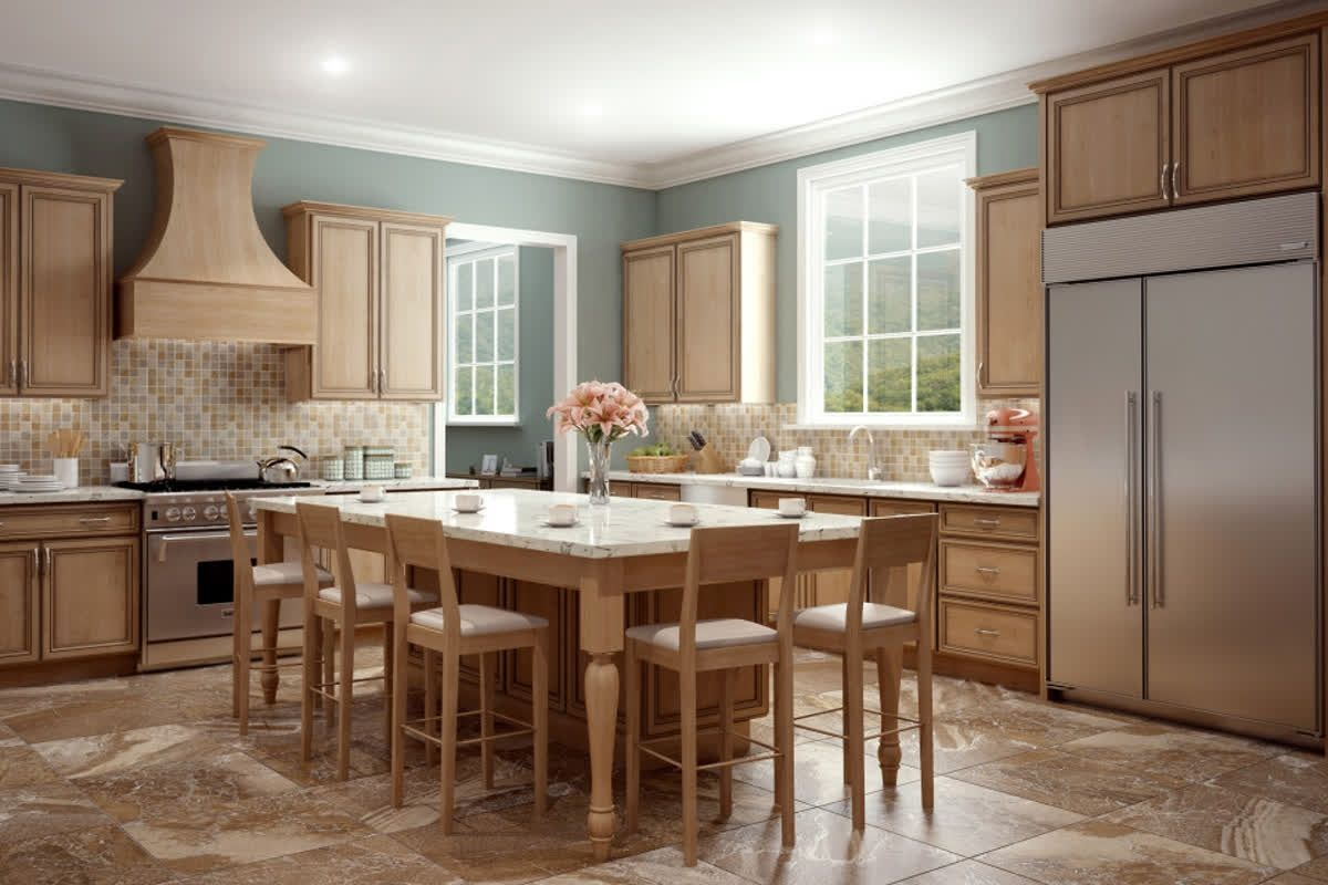 The Traditional Style Of These Cabinets By Bishop Offers Soft Natural Tones With Sleek Lines Cr Kitchen Cabinet Design Kitchen Design Kitchen Cabinetry Design