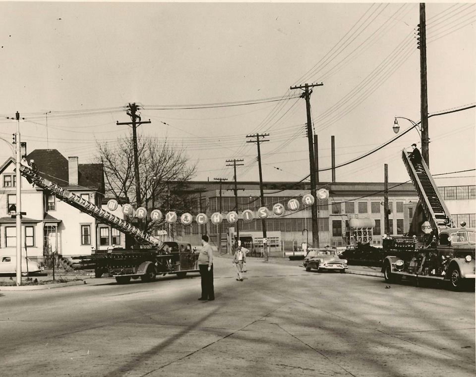 Beaver Falls Pa My Home Town 1952 Hanging Christmas Lights In
