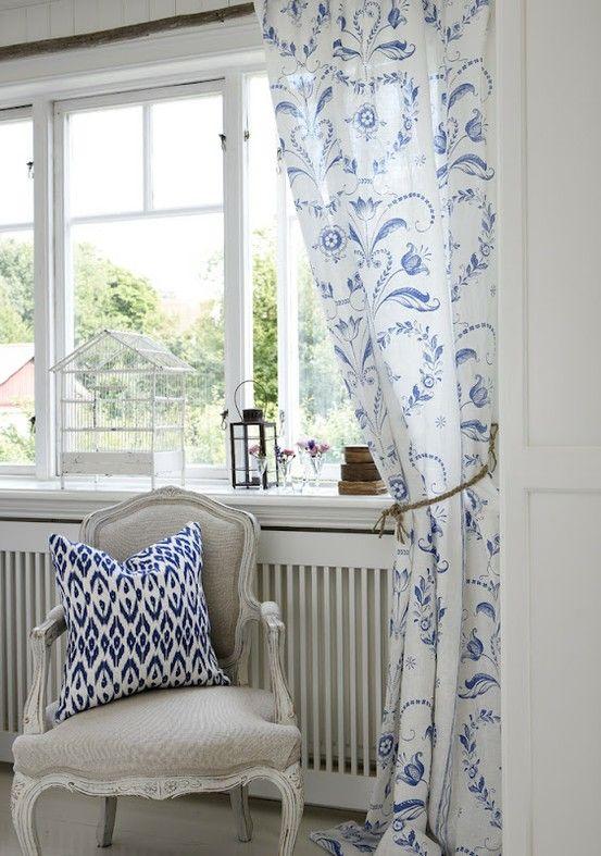 white curtains blue white decor