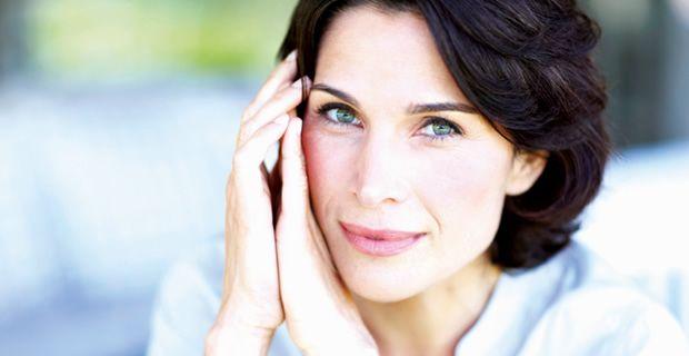 ¡Mejora dramáticamente los signos de la edad! Conoce la diferencia entre Ellanse y otros tratamientos rejuvenecedores.