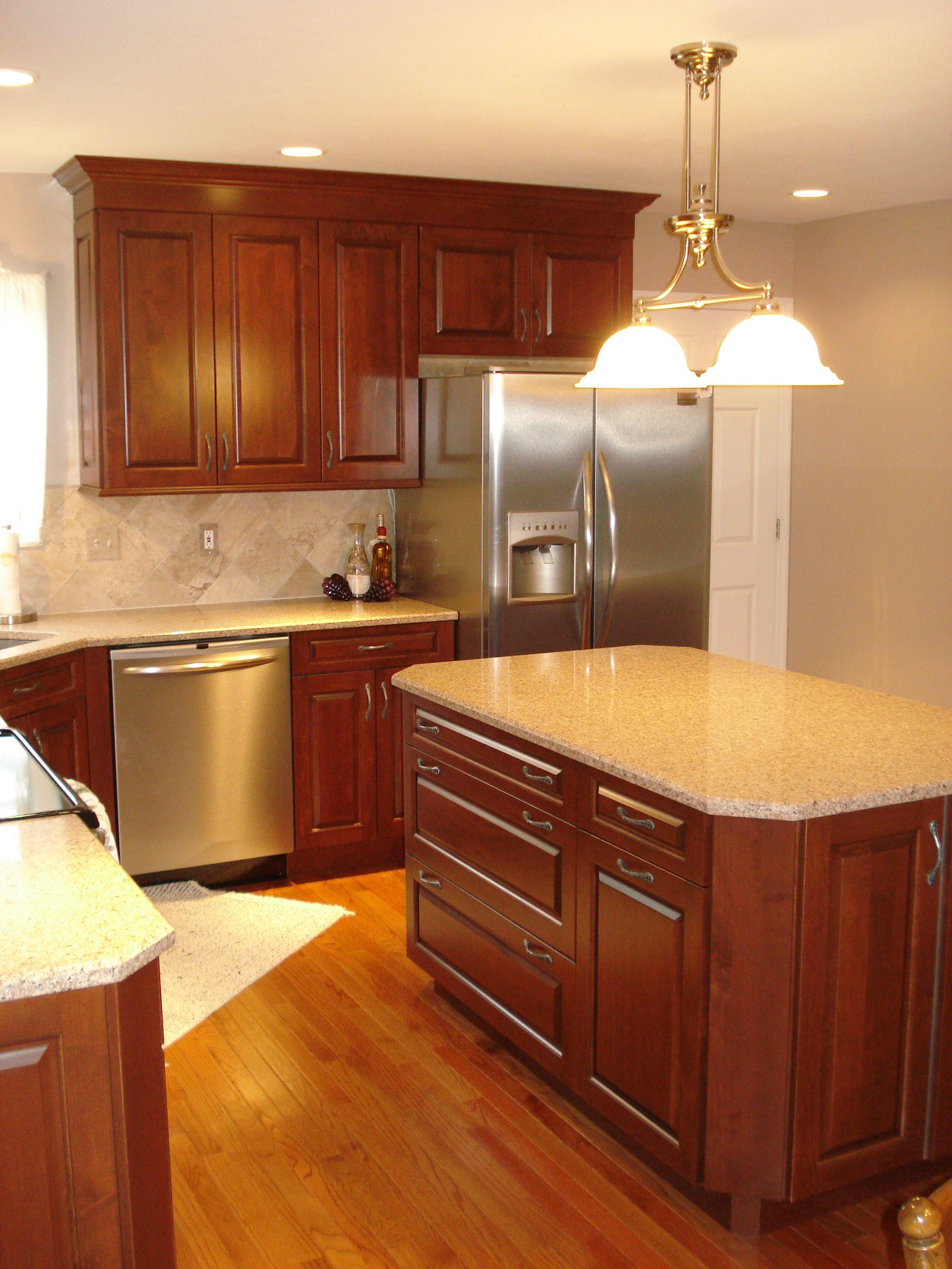 Kitchen Renovation Maple Ridge: Brookhaven Edgemont Candlelight On Maple
