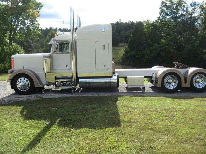 Its A Long White Peter Bilt Big Trucks Big Rig Trucks Cool