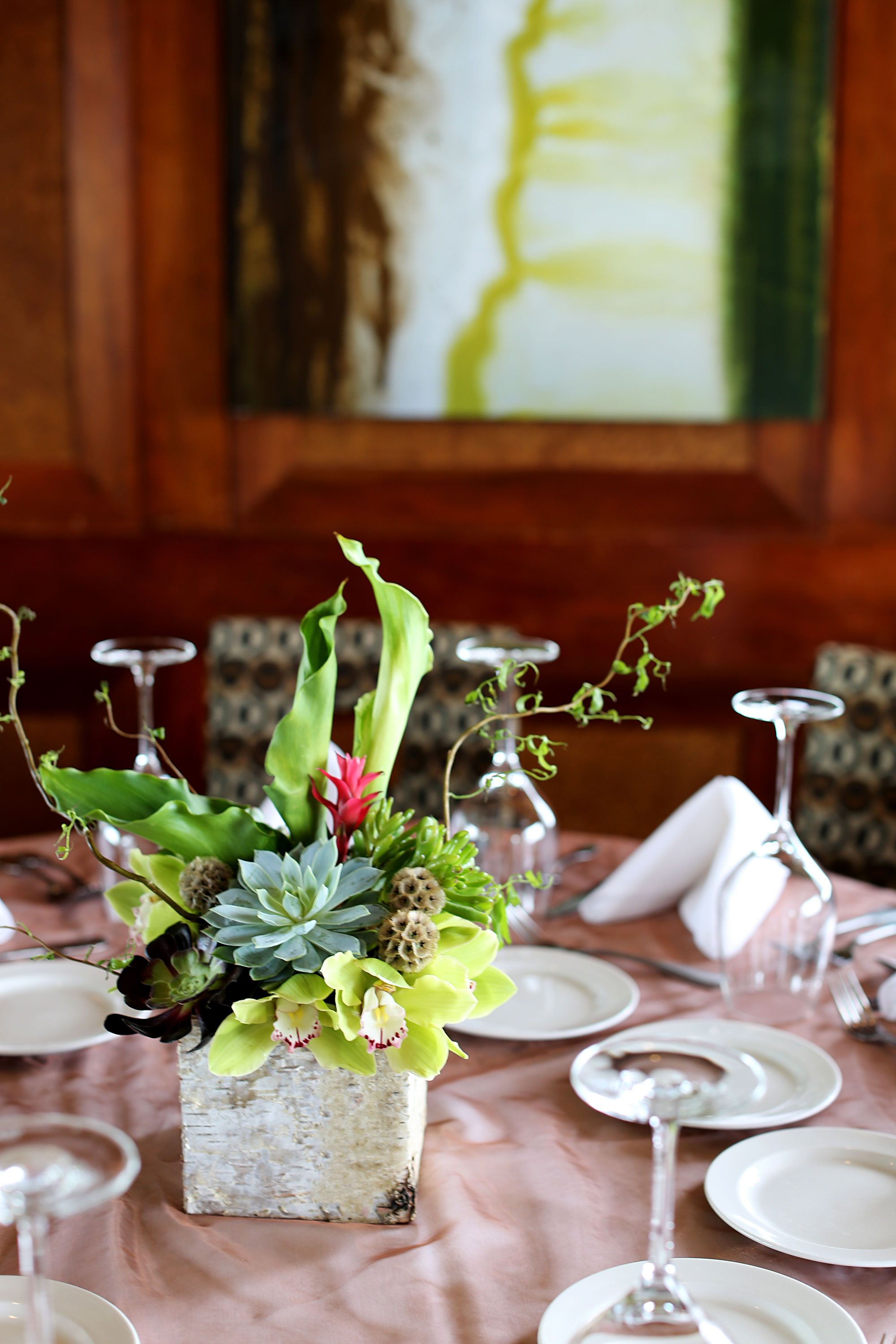 Aeonium Succulents Arrangements With Cymbidium Orchid Curly Willow Tip Calla Lilly Leucodendron Scab Succulent Arrangements Scabiosa Pods Cymbidium Orchids