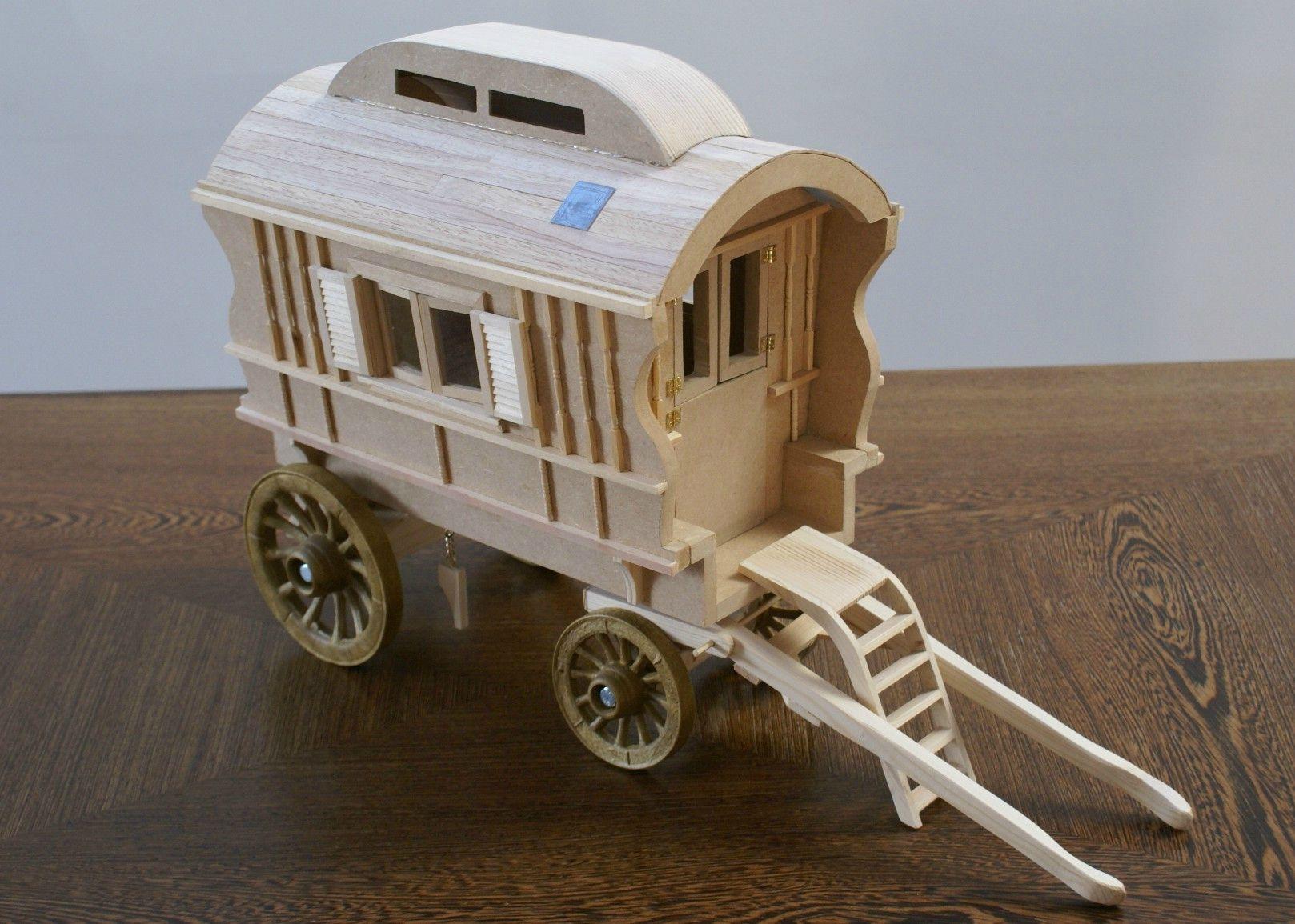 r sultat de recherche d 39 images pour roulotte ancienne roulottes pinterest roulotte. Black Bedroom Furniture Sets. Home Design Ideas