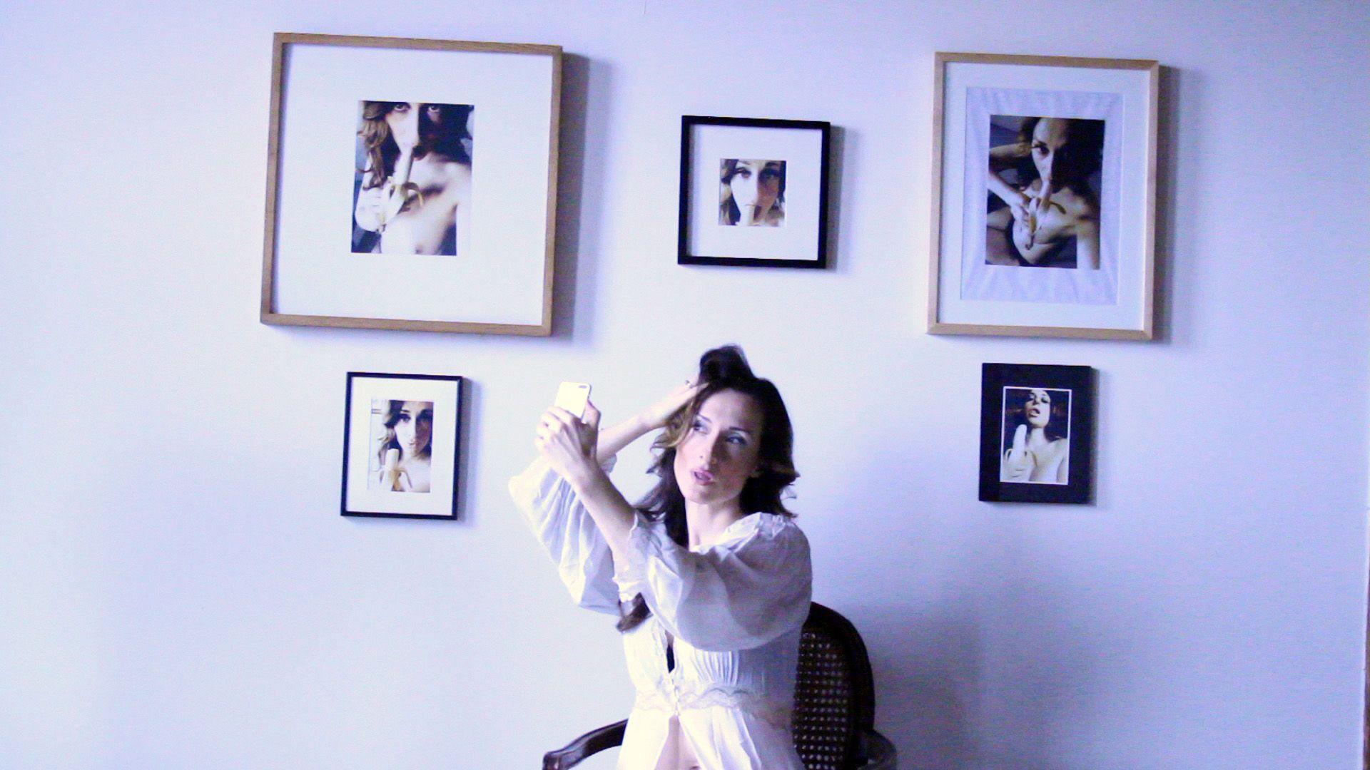 Selfied, de Nicole Brending obtuvo el premio Silver George al mejor cortometraje del 38th Moscow International Film Festival - Rusia