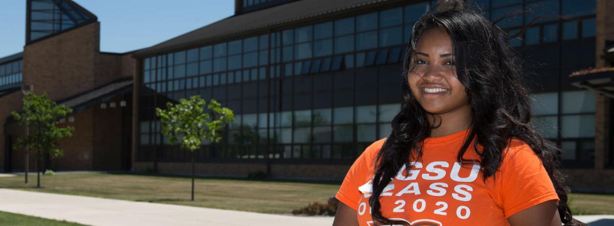 Bgsu Graduation 2020.Nia Little Is Big On Science Bgsu S Leadership Academy