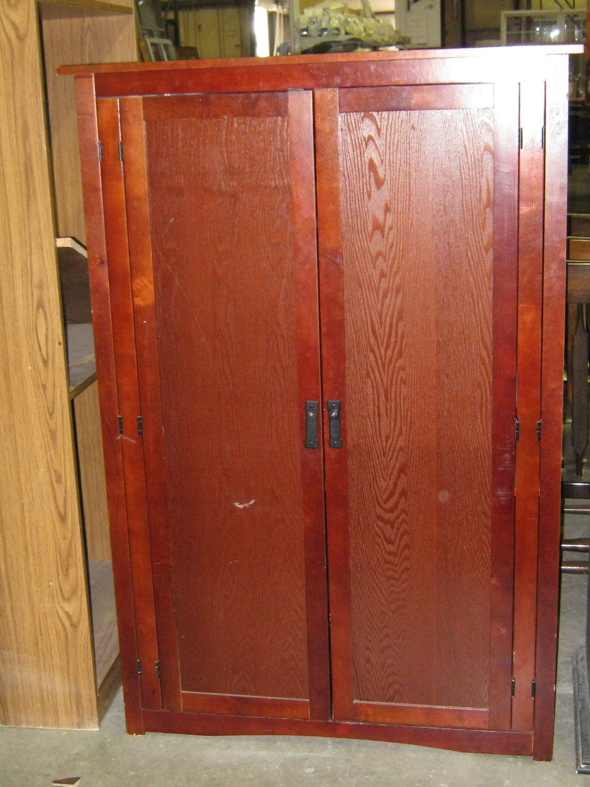 Old cabinet at the Kansas City ReStore Deramus location | Habitat