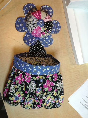 Abbey Bag Pincushion Amp Thread Catcher By Stitchcat