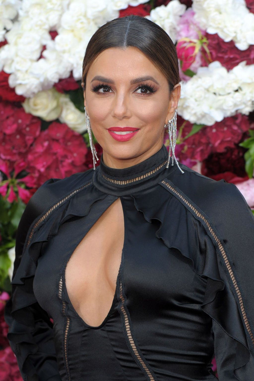 Eva Longoria sur le tapis rouge de la collection Phillipe Plein à Cannes le 24 Mai 2017