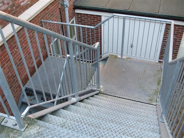 Best Fire Escape Google Search Fire Escape 400 x 300