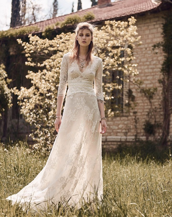 Costarellos bridal 2018 collection | itakeyou.co.uk #weddingdress #weddingdresses #weddinggown #bridalgown #spring2018 #bridaldress #bridedress