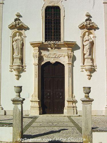 Igreja Paroquial do Espírito Santo - Monsanto - Portugal Share, Like, Repin! Also vmonsantoisit us at instagram.com/mightytravels