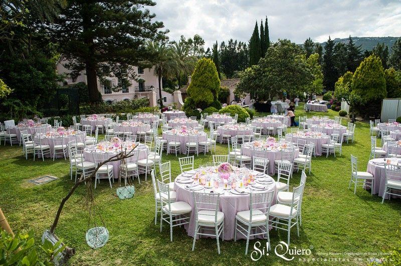 Decoracion mesas boda en rosa elegant villa wedding for Arreglos de mesa para boda en jardin