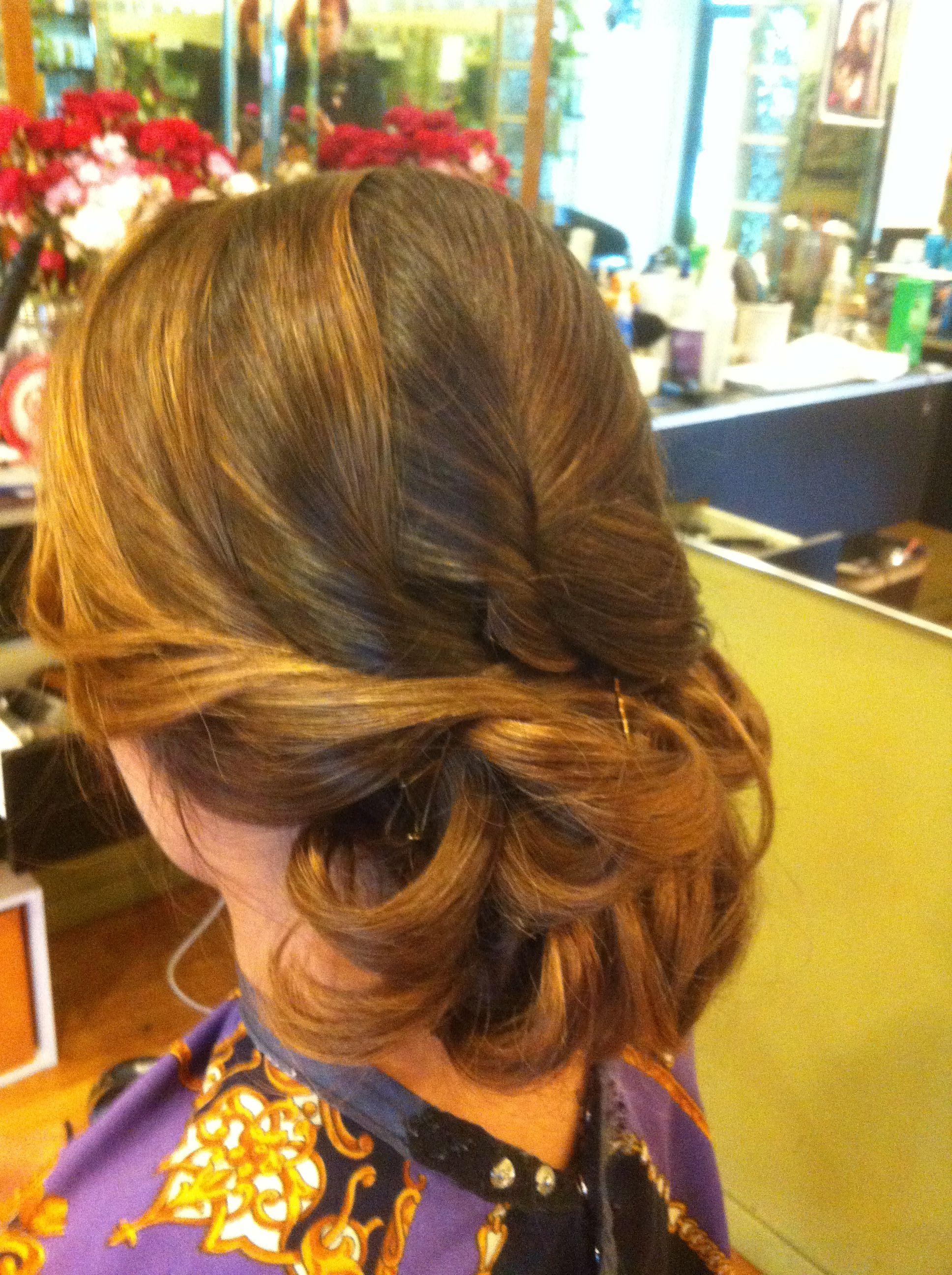 Low Messy bun Love your hair, Hair styles, Long hair styles