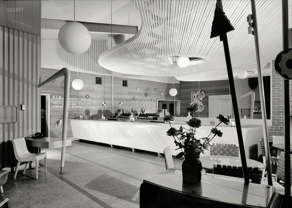 Early Googie, 1943 USO canteen, Penn Station, Harrisburg, Pa