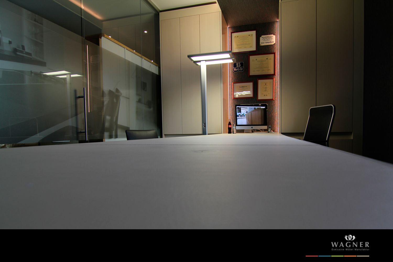 Möbelmanufaktur Wagner pin by wagner möbel manufaktur on büroeinrichtung mit weißem