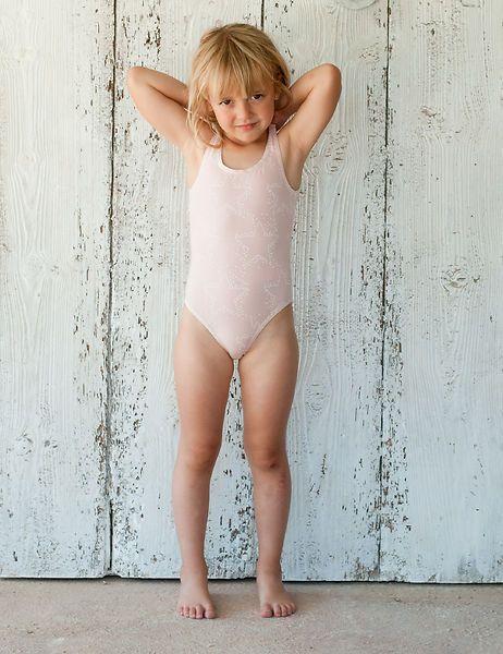 Picnik Stars Swimsuit - Girl - a little piece of Spain | Star swimsuit, Kids  beachwear, Swimwear girls