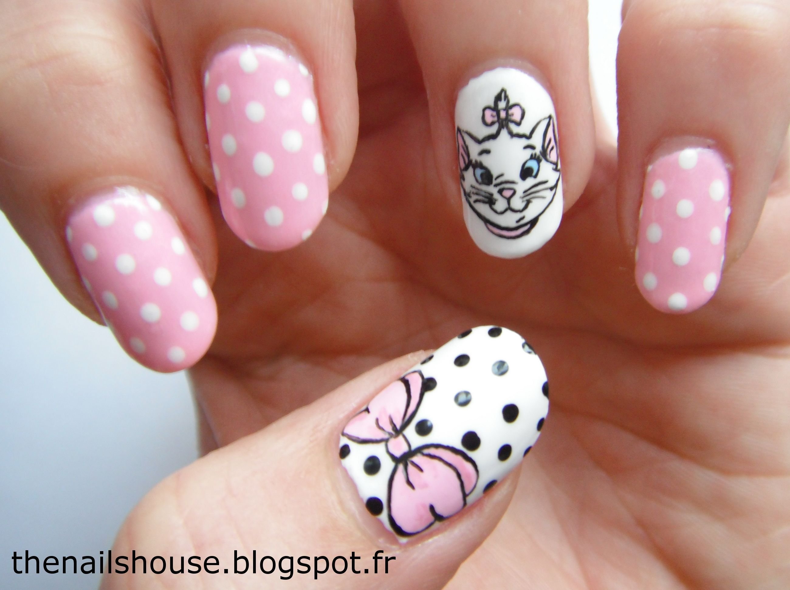 Marie, Disney, pink, dots, cat, nail art | Disney nails | Pinterest