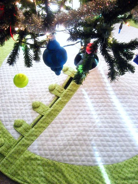 Finished Object: Amy Butler Tree Skirt   Home Decor!!!   Pinterest