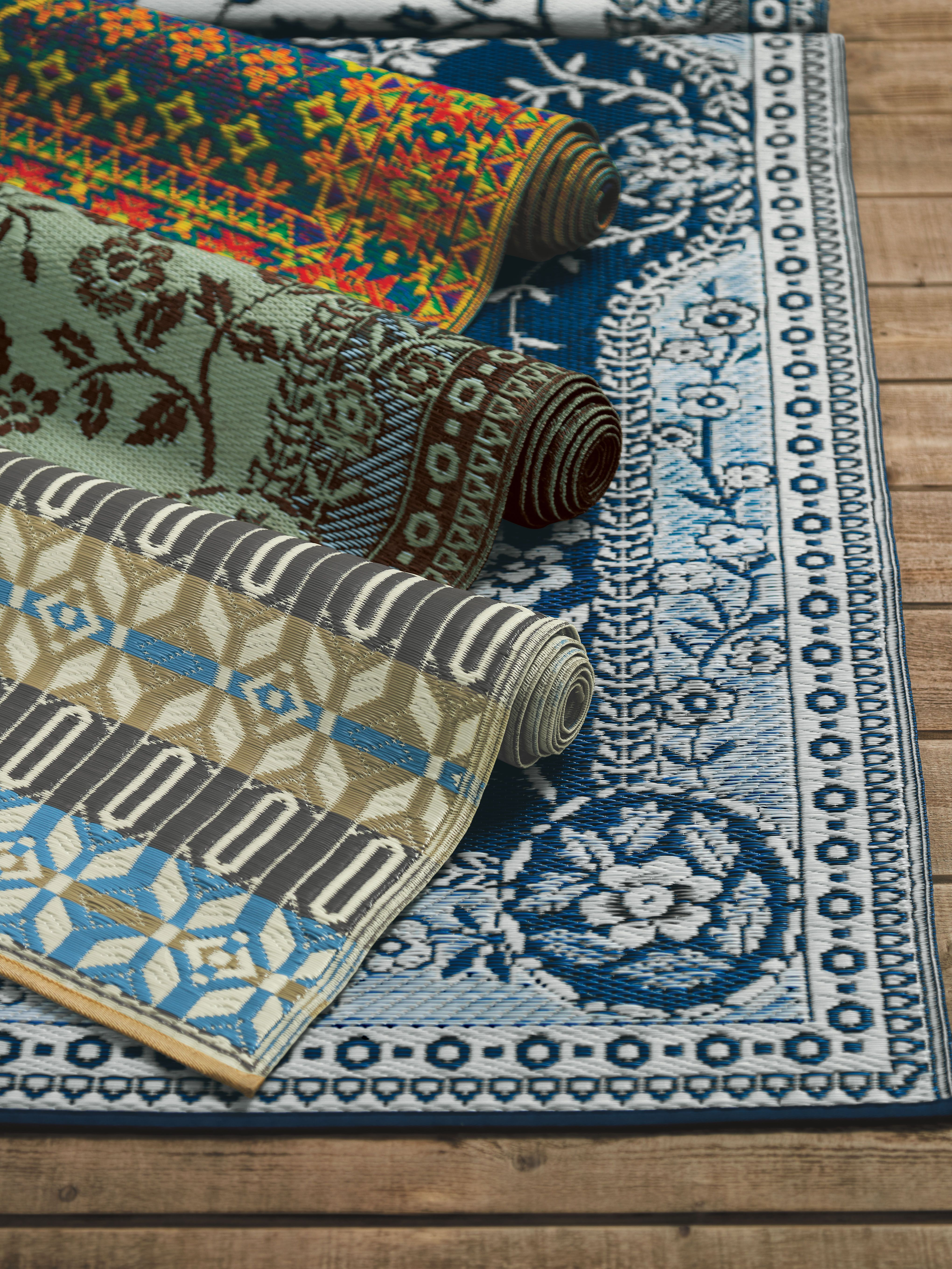 Outdoor Reversible Rugs From Recycled