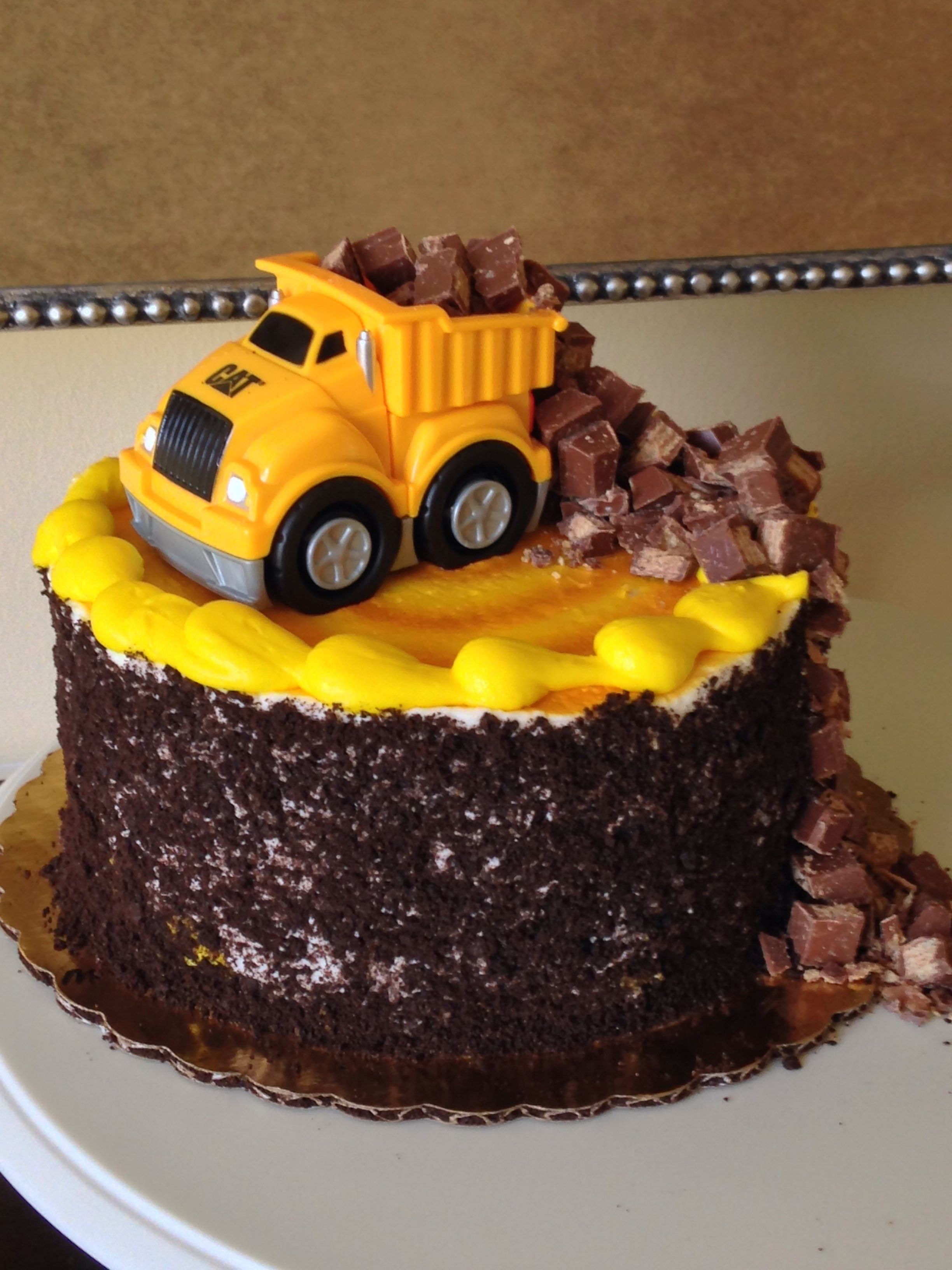 Dump Truck Cake With Images Cupcake Cakes Cake Cake Decorating