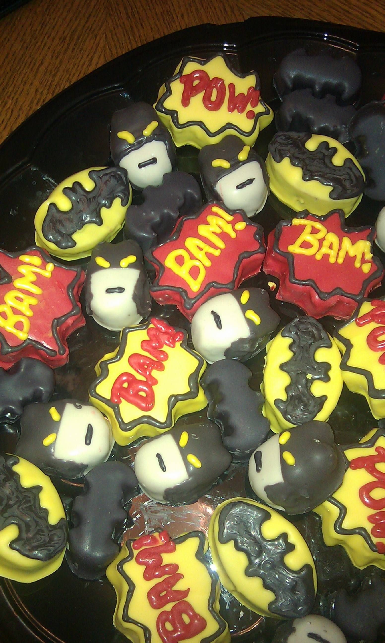 Batman cake ball's
