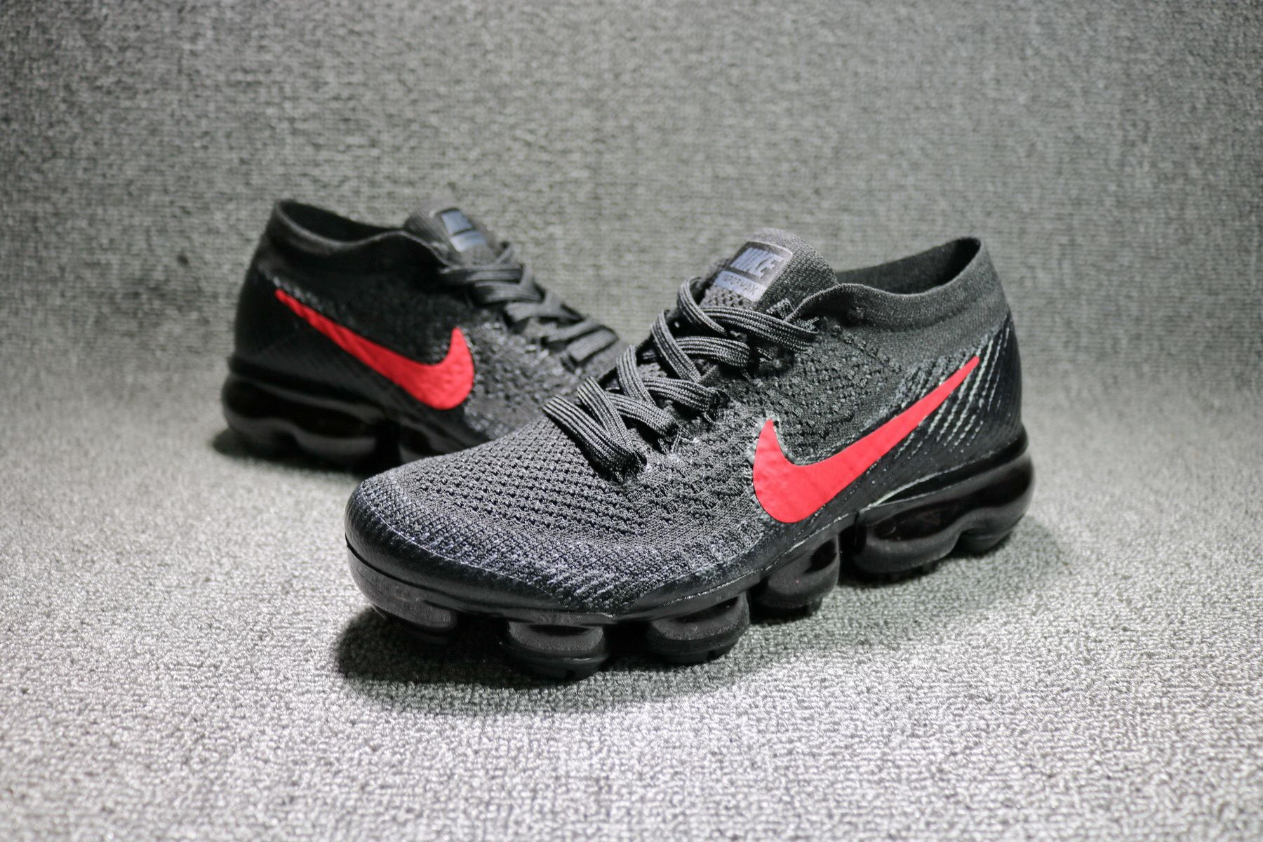 NIKE AIR VAPORMAX FLYKNIT RUNNING BLACK RED 849557 007