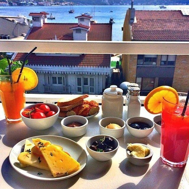 What Are The 10 Best Restaurants For Breakfast In Istanbul Breakfast Restaurants Turkish Breakfast Breakfast