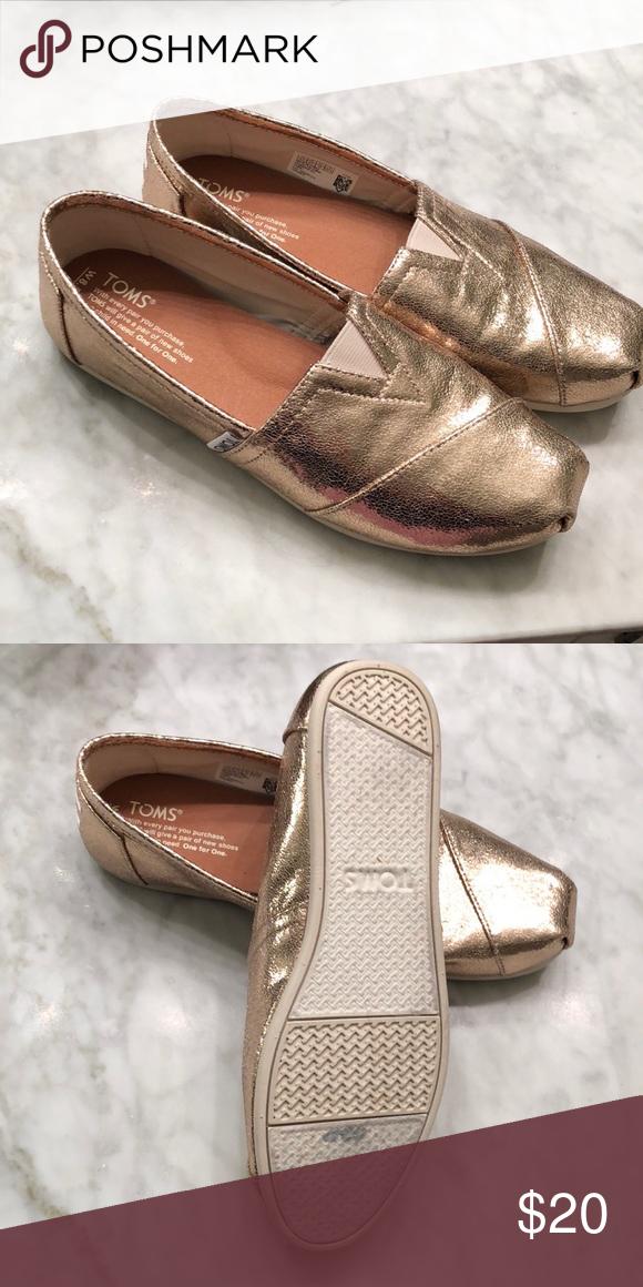 Gold Metallic Classics für Damen | TOMS®