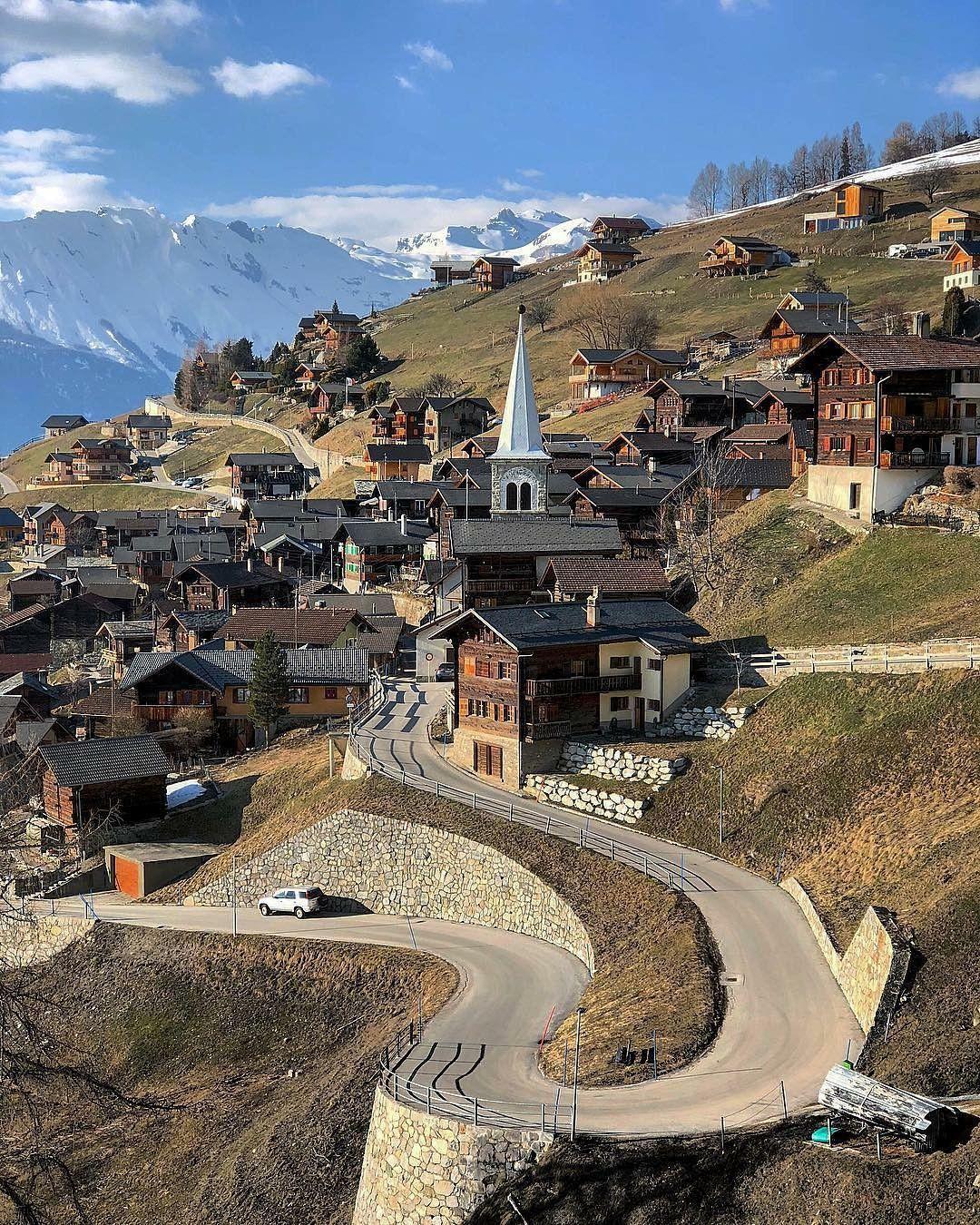 Vernamiege Switzerland Paysage Suisse Lac