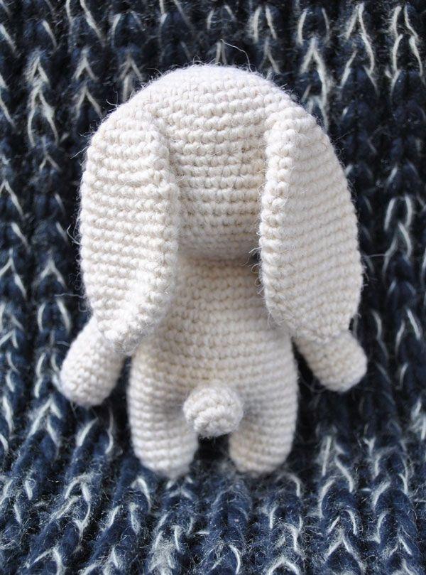 Adorable bunny amigurumi with hat | Crochet Toys & Amigurumis by ...