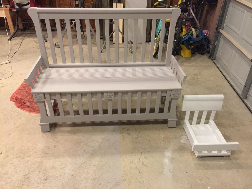 Repurposed Baby Bed to Entryway Bench | Baby cribs, Diy ...