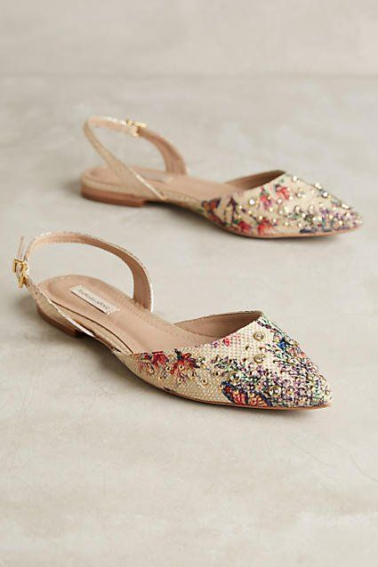 Comfortable Shoes: Best Flats to Wear With Everyth