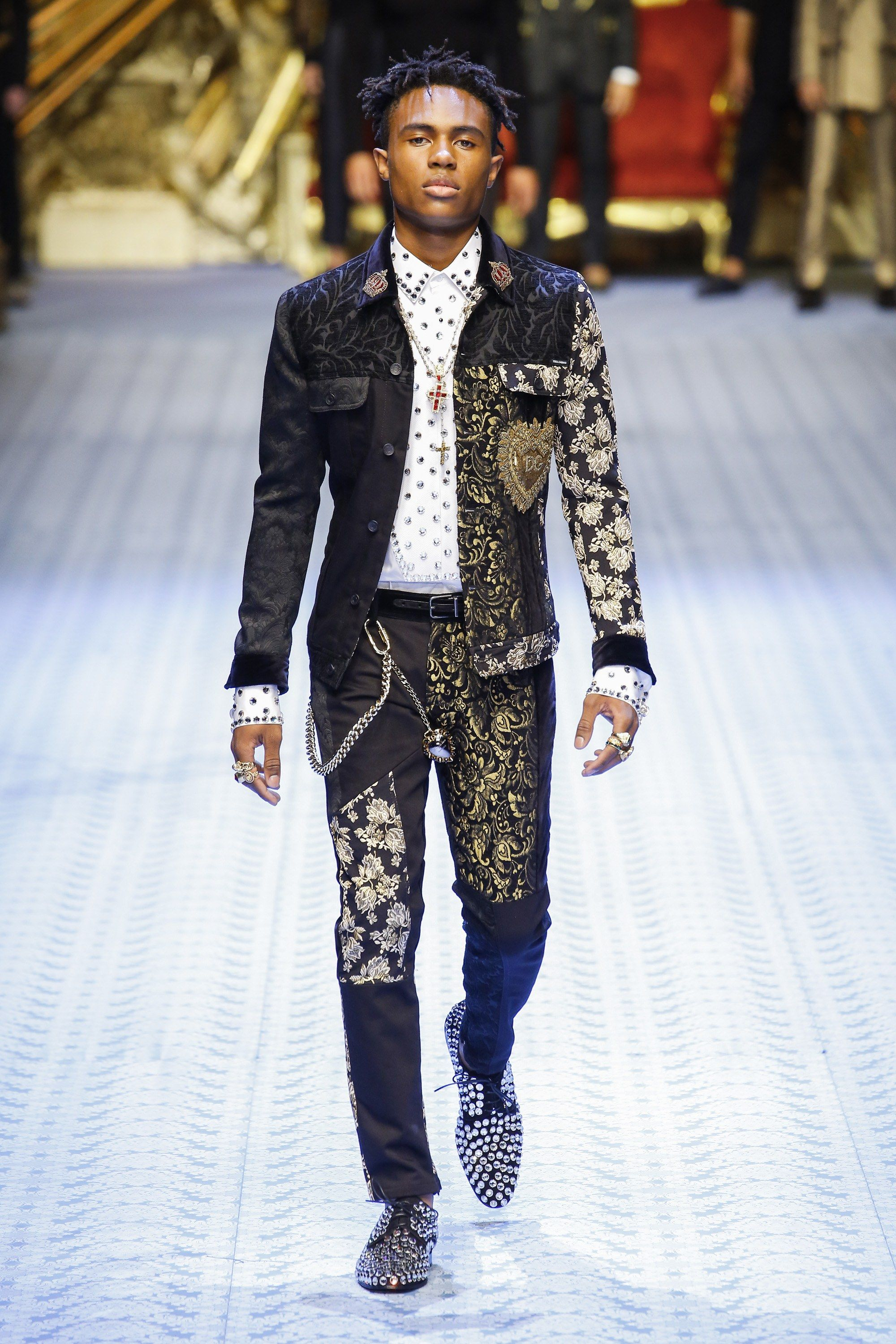 050e2b6bb91c50 MFW: Dolce & Gabbana Spring/Summer 2019 Collection – PAUSE Online | Men's  Fashion, Street Style, Fashion News & Streetwear