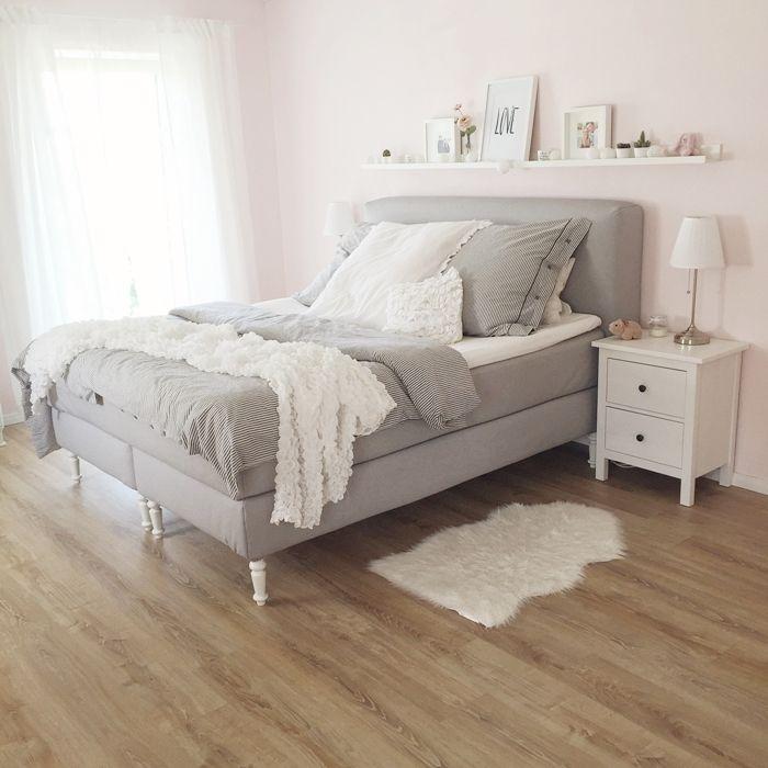 wir bauen ein haus schlafzimmer boxspringbett unser. Black Bedroom Furniture Sets. Home Design Ideas