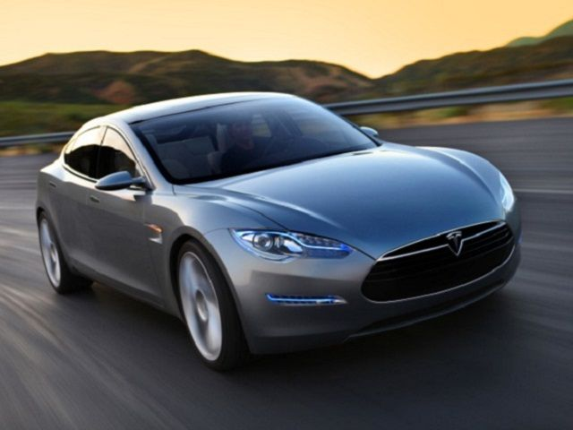 Tesla Model S – The 2013 Model Car of the Year