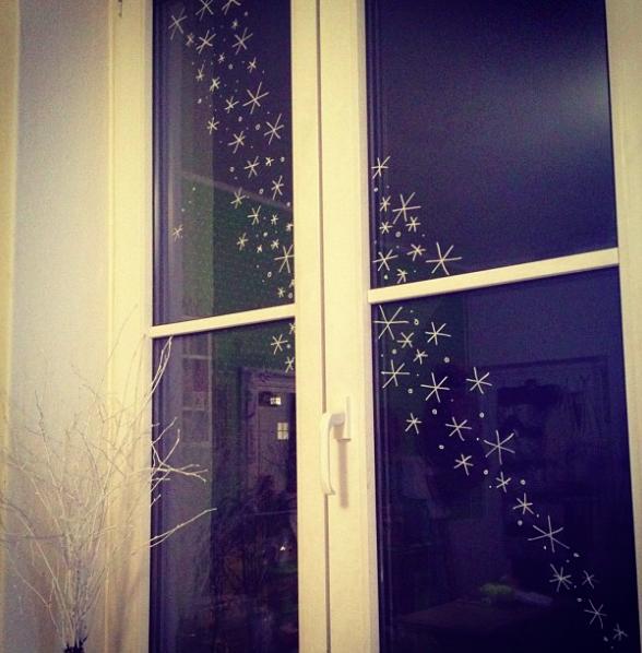 Fensterdeko kreidestift pinterest fensterdeko for Fensterdeko kinderzimmer