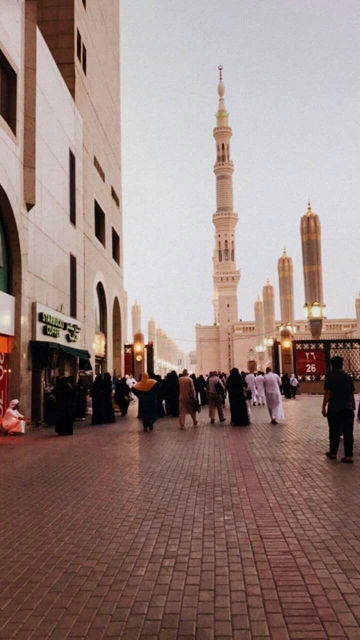 أحد شوارع المدينة المنورة اشتقنا ياطيبة Fotografi Perjalanan Fotografi Mekah